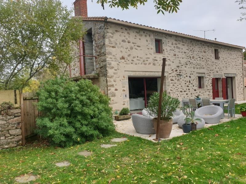 Sale house / villa St hilaire de loulay 329900€ - Picture 5