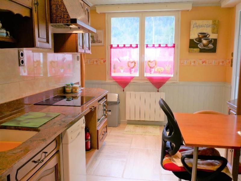 Sale apartment Nantua 139000€ - Picture 2