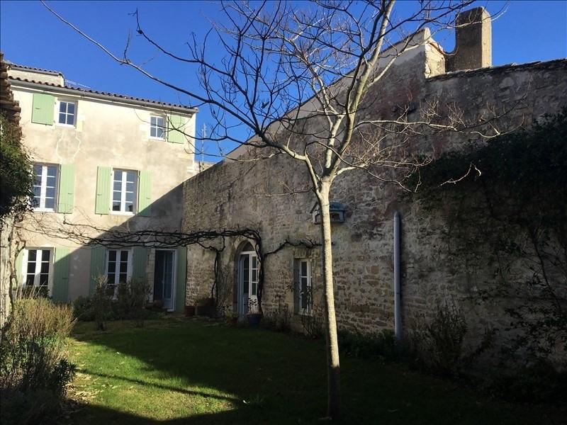 Vente de prestige maison / villa La flotte 832000€ - Photo 1