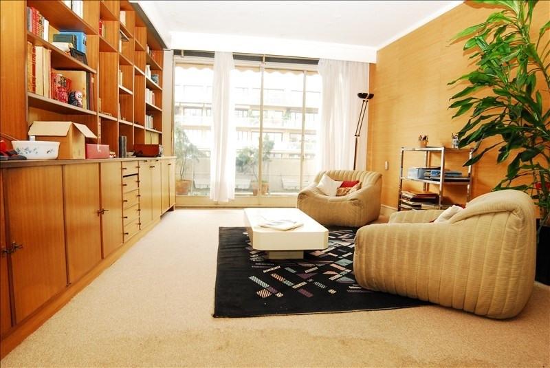 Sale apartment Saint-cloud 590000€ - Picture 1