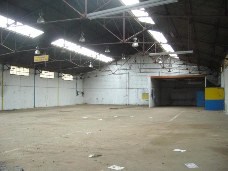 Location local commercial Brignais 2 542€ CC - Photo 3