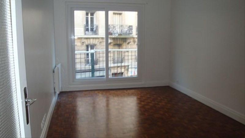 Location appartement Paris 15ème 1430€ CC - Photo 2