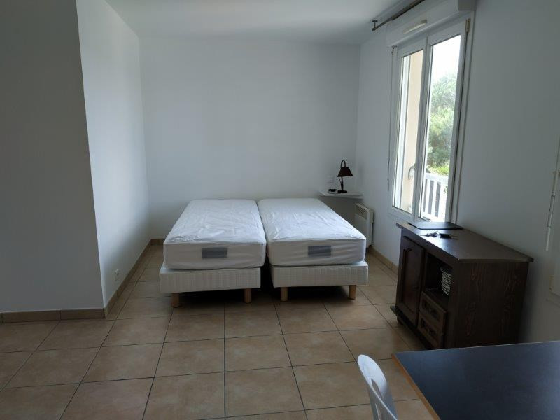 Location appartement Saint nazaire 407€ CC - Photo 1
