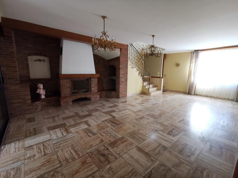 Sale house / villa Labeuvriere 220000€ - Picture 2