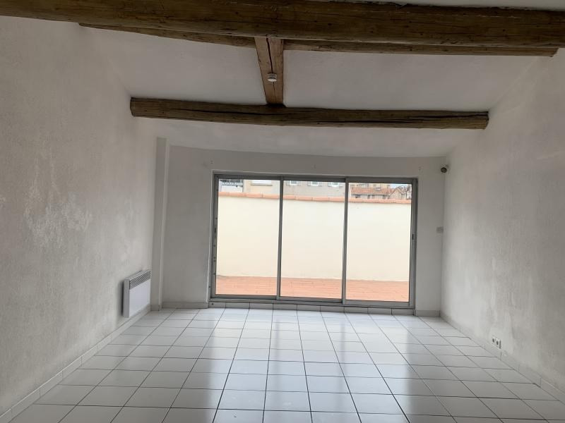 Location appartement Marseille 4ème 980€ CC - Photo 1