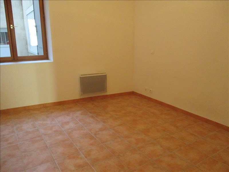 Location appartement Salon de provence 615€ CC - Photo 4