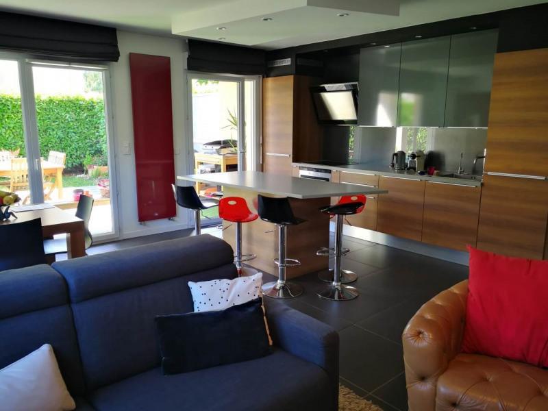Sale apartment Gaillard 385000€ - Picture 3