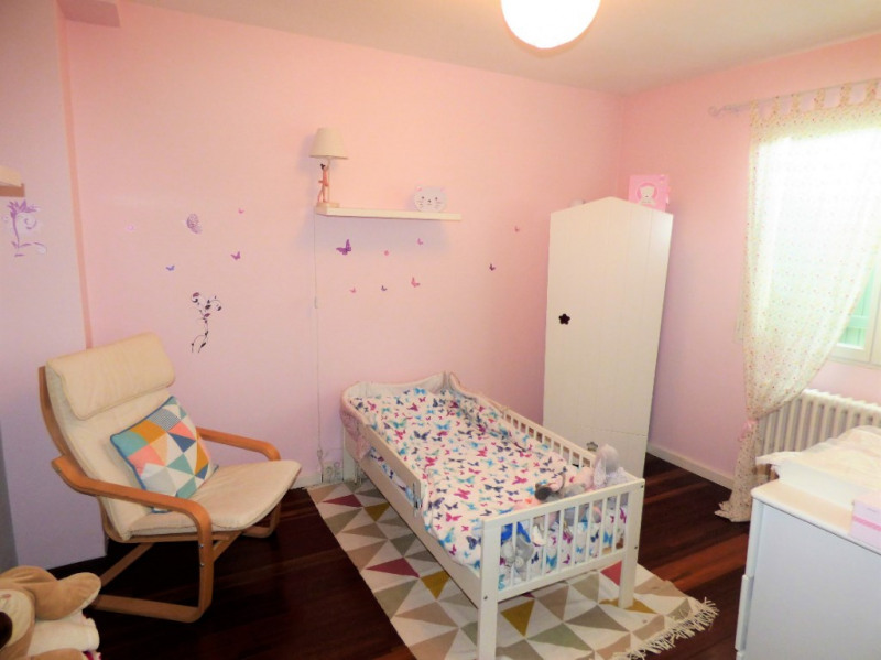 Sale house / villa Saint loubes 400000€ - Picture 8