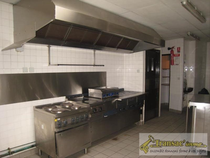 Sale building Puy guillaume 199 280€ - Picture 6