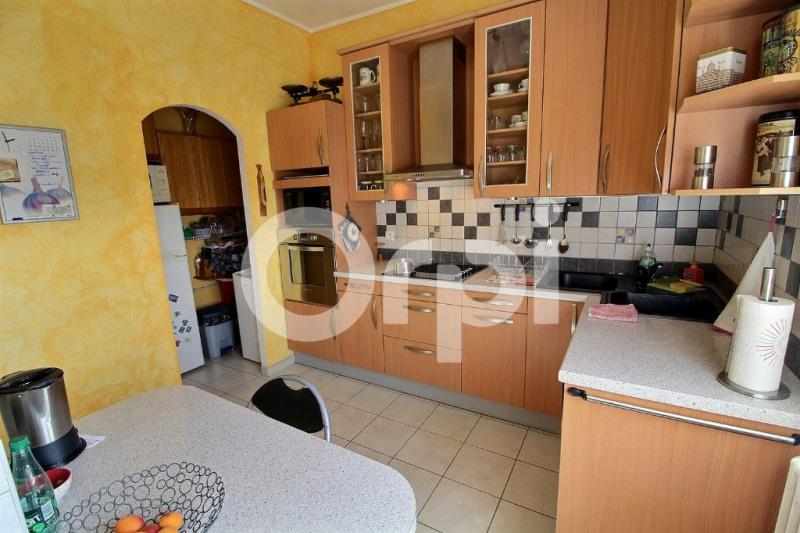 Sale apartment Nanteuil les meaux 246000€ - Picture 3