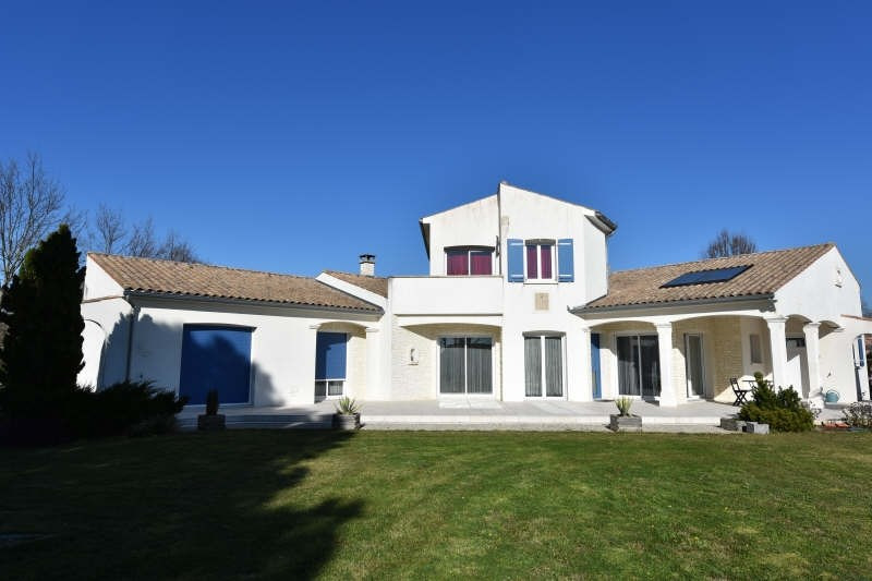 Deluxe sale house / villa Etaules 624000€ - Picture 2