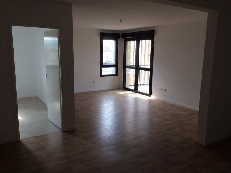 Rental apartment Soissons 863€ CC - Picture 1