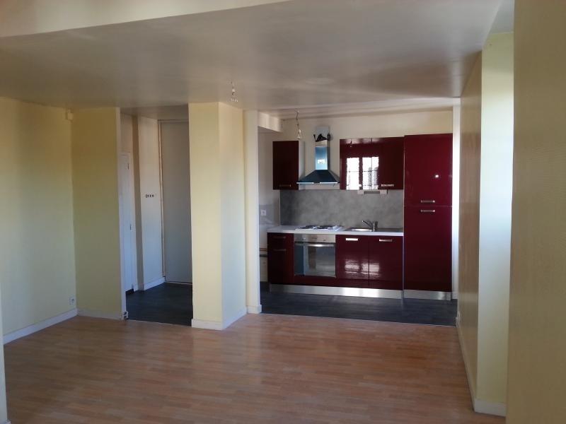 Rental apartment Laval 425€ CC - Picture 3