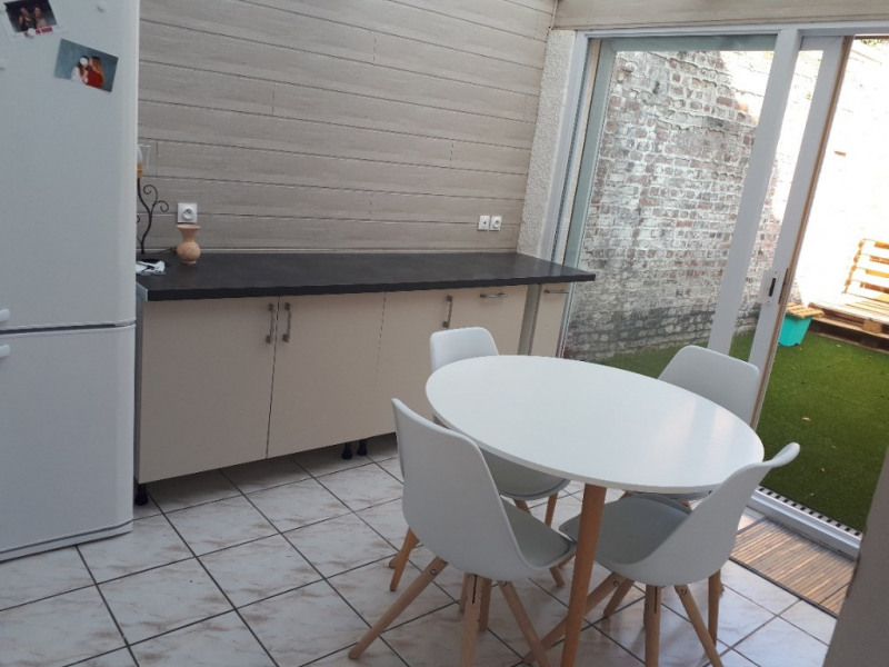 Rental house / villa Saint quentin 700€ CC - Picture 9