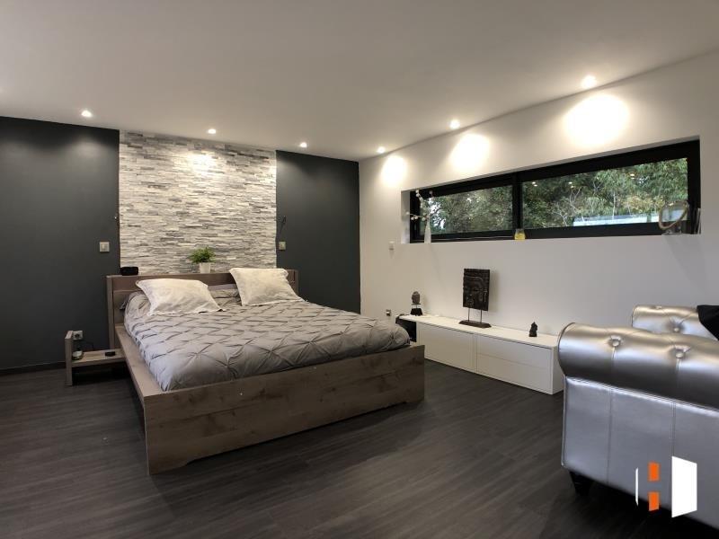 Sale house / villa St quentin de baron 399000€ - Picture 4