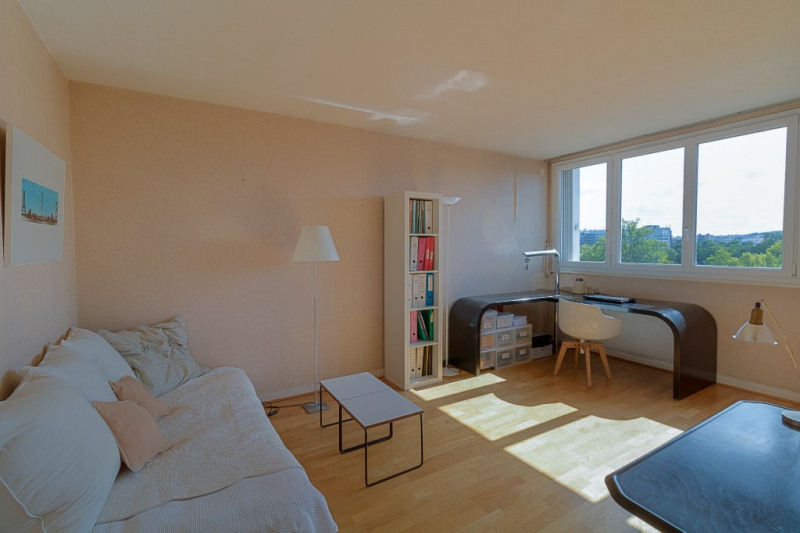 Sale apartment Chatou 299000€ - Picture 2