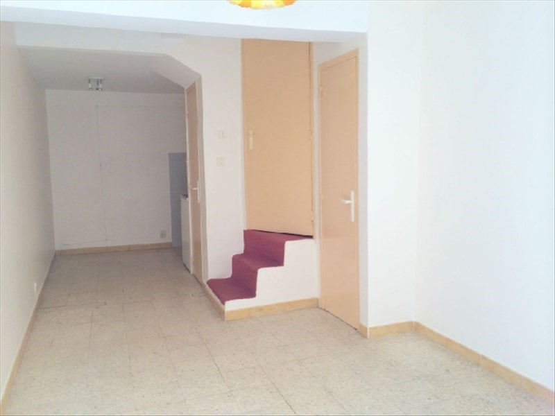 Location appartement Les milles 589€ CC - Photo 6