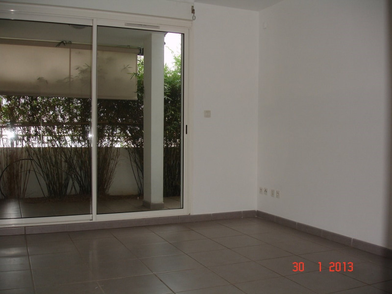 Location appartement Ste clotilde 467€ CC - Photo 2