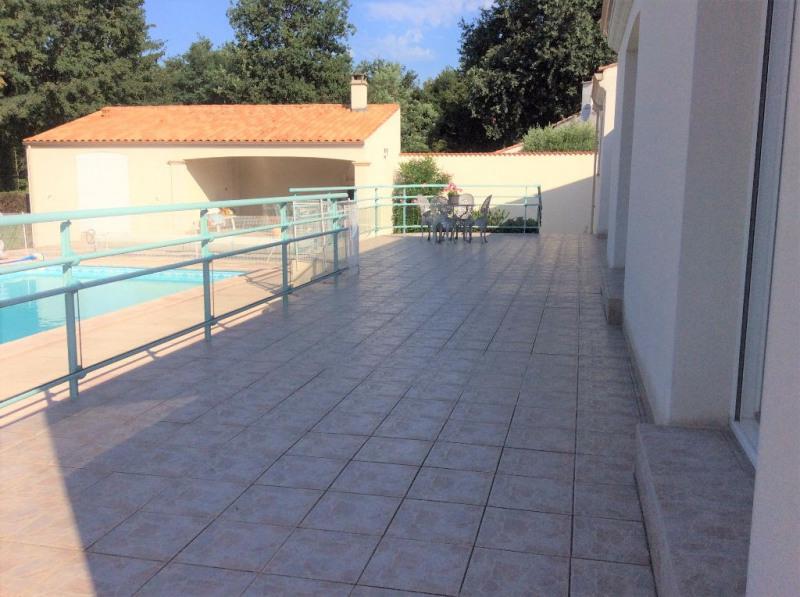 Vente de prestige maison / villa Breuillet 593250€ - Photo 10