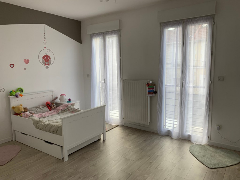 Revenda casa Houilles 885000€ - Fotografia 8