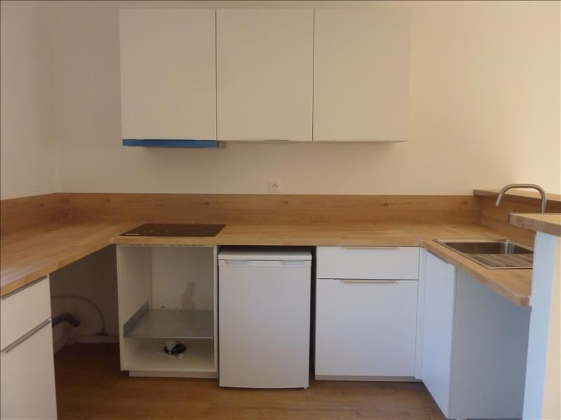 Location appartement Marseille 8ème 540€ CC - Photo 2