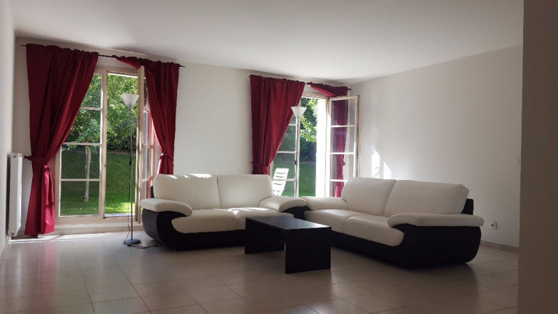 Rental house / villa Chambourcy 2650€ CC - Picture 2