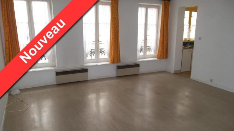 Location appartement Aire sur la lys 390€ CC - Photo 1