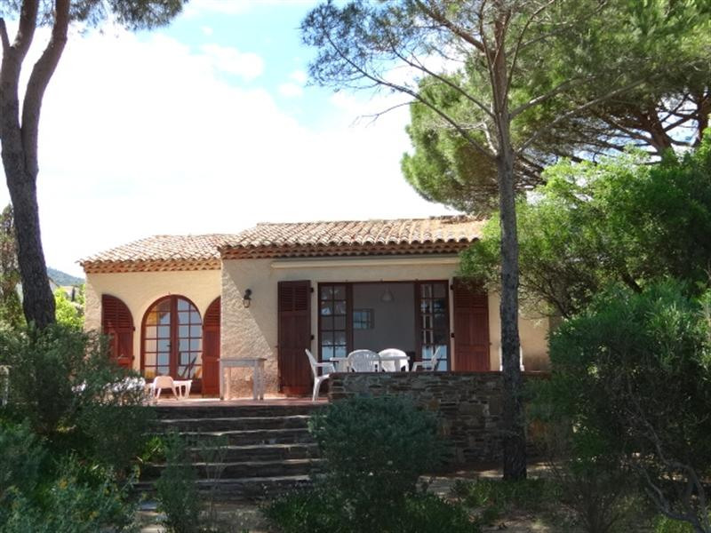 Vacation rental house / villa Cavalaire sur mer 900€ - Picture 7