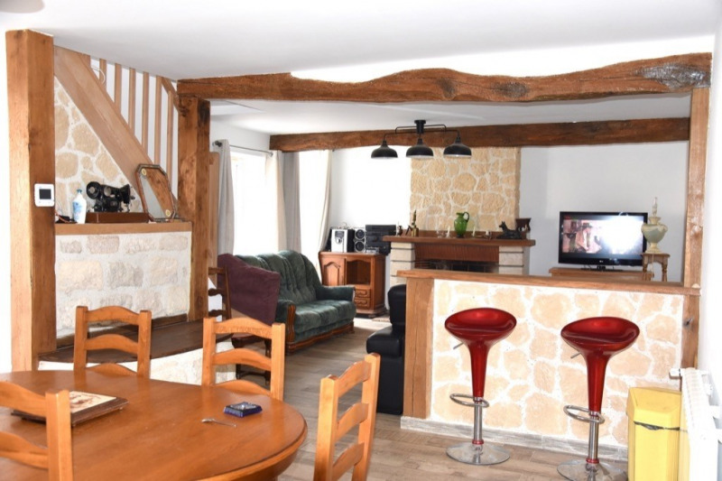 Sale house / villa Neuilly en thelle 305000€ - Picture 2
