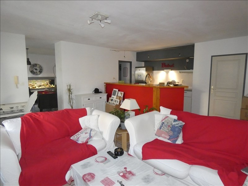 Rental apartment Montelimar 800€ CC - Picture 1