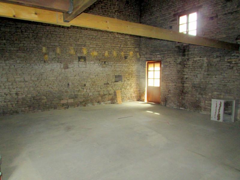 Vente maison / villa Ranville breuillaud 98100€ - Photo 6