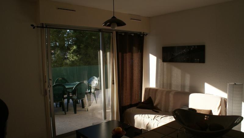 Sale apartment Lunel 90000€ - Picture 2