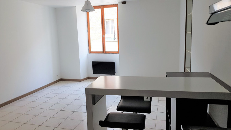Location appartement Montlhéry 496€ CC - Photo 2