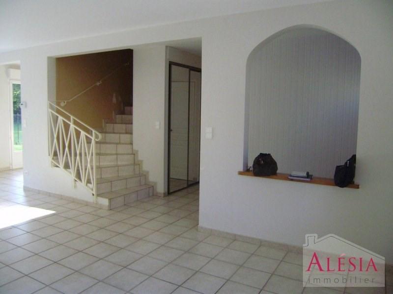 Rental house / villa Châlons-en-champagne 814€ CC - Picture 3