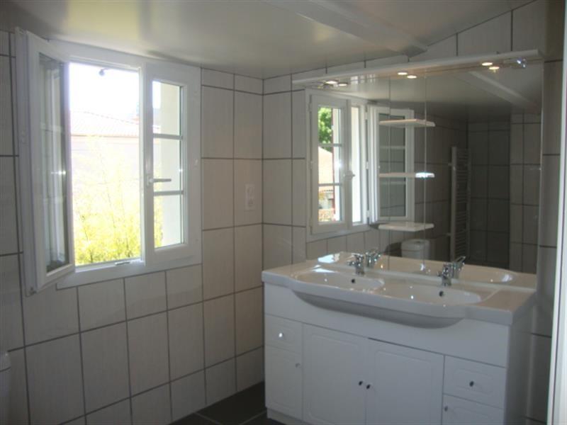 Vente maison / villa Saint jean d'angély 127800€ - Photo 8