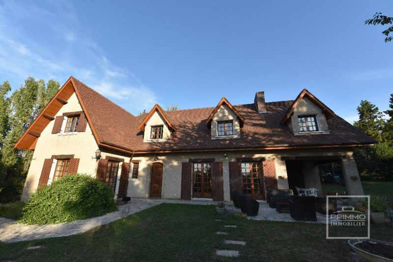 Deluxe sale house / villa Dommartin 650000€ - Picture 2