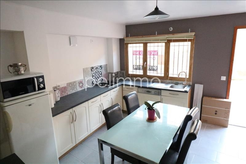 Rental apartment Eyguieres 750€ CC - Picture 7
