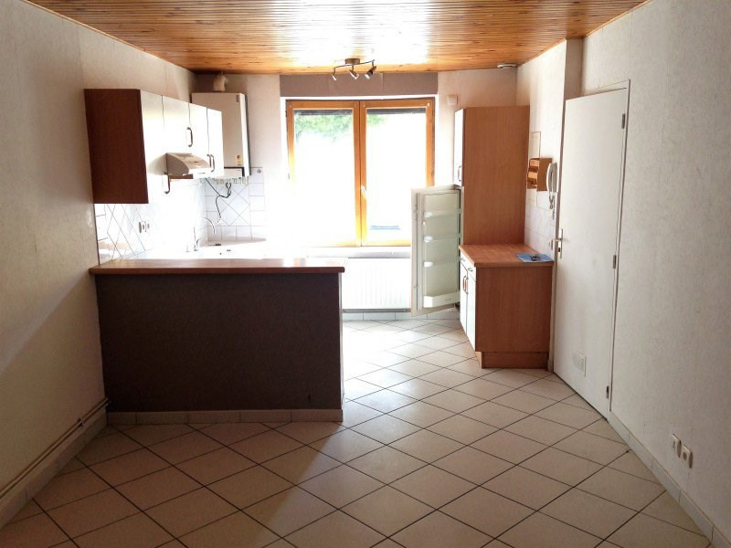 Location appartement Polliat 450€ CC - Photo 3