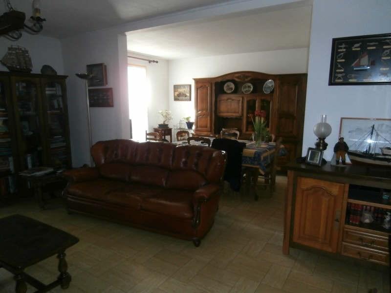 Location maison / villa Salon de provence 975€ CC - Photo 7