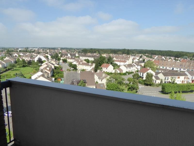 Location appartement Elancourt 623€ CC - Photo 5