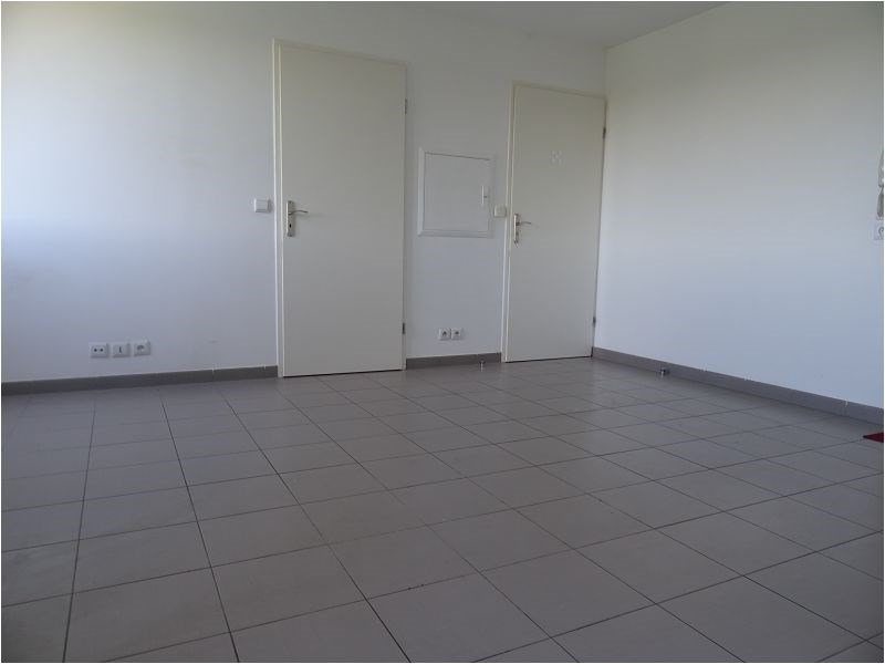 Location appartement Viry chatillon 639€ CC - Photo 1