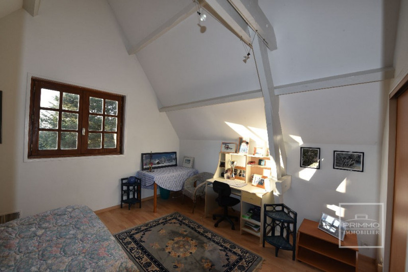 Deluxe sale house / villa Dommartin 650000€ - Picture 9
