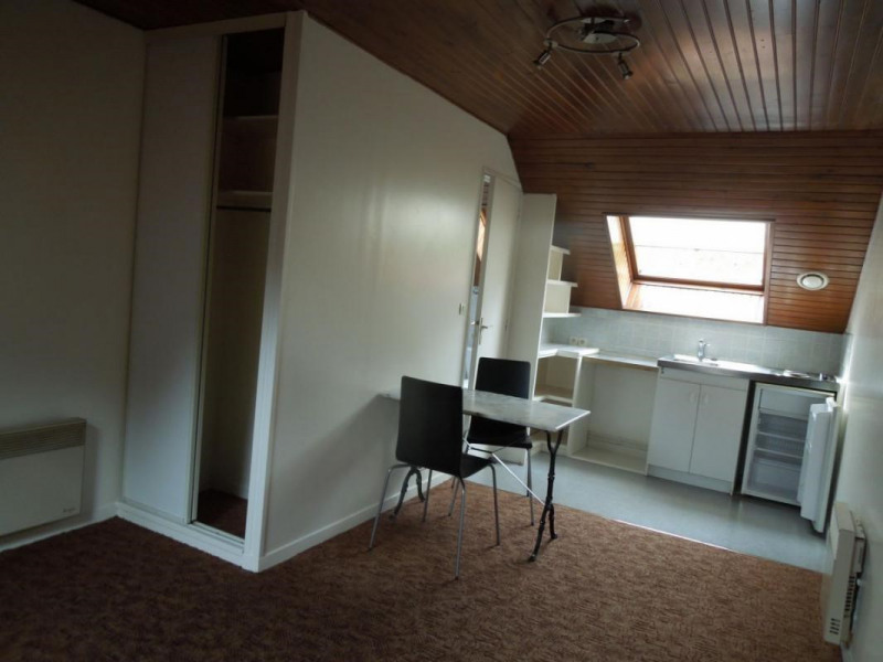 Rental apartment Lisieux 340€ CC - Picture 1