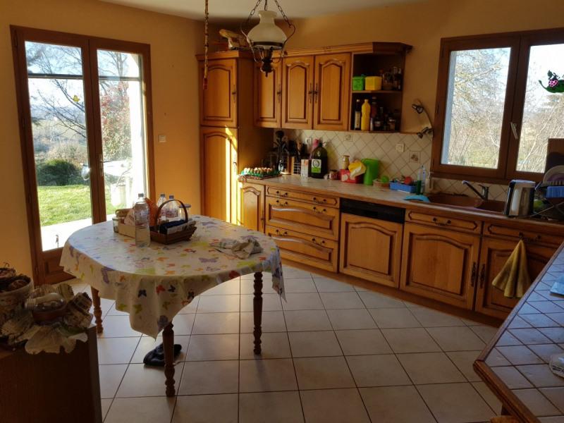 Sale house / villa Montseveroux 273000€ - Picture 4