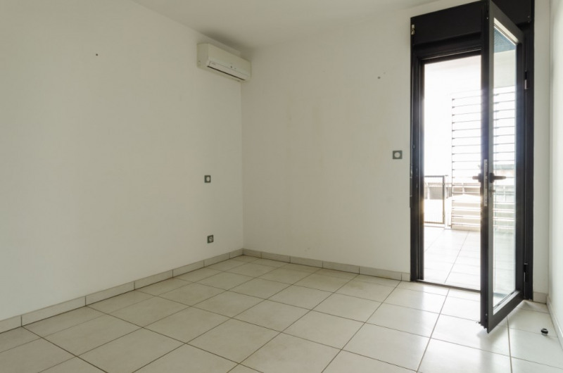 Vente appartement Saint pierre 138000€ - Photo 6