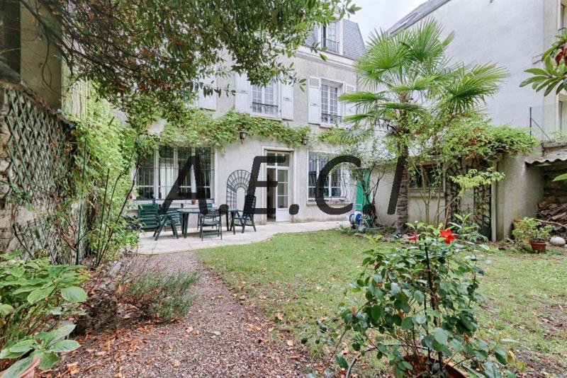 Deluxe sale house / villa Asnieres sur seine 1640000€ - Picture 1