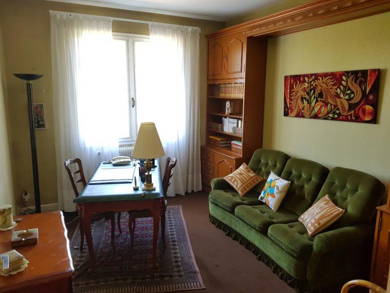 Sale house / villa Layrac 171000€ - Picture 5