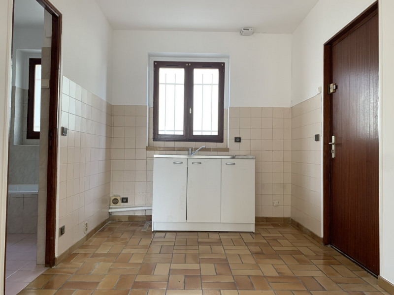 Rental apartment Nozay 695€ CC - Picture 5