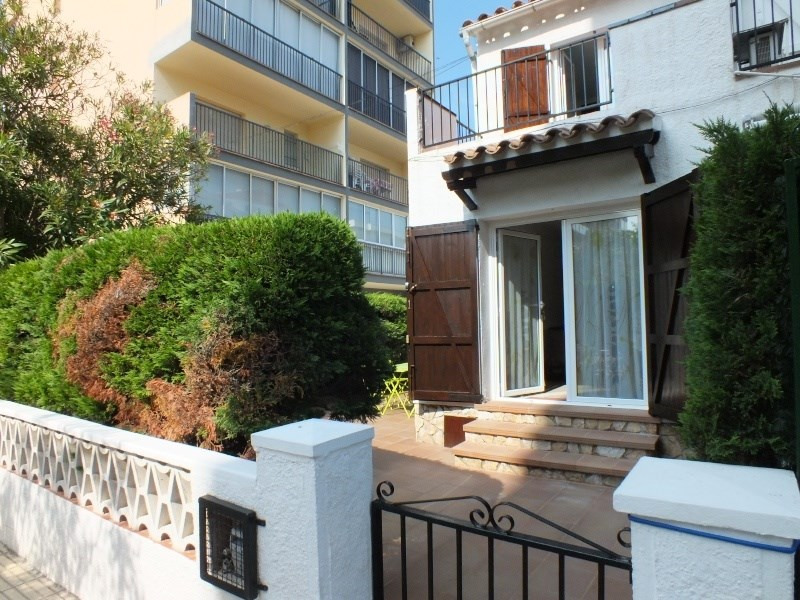 Vacation rental house / villa Roses 472€ - Picture 1