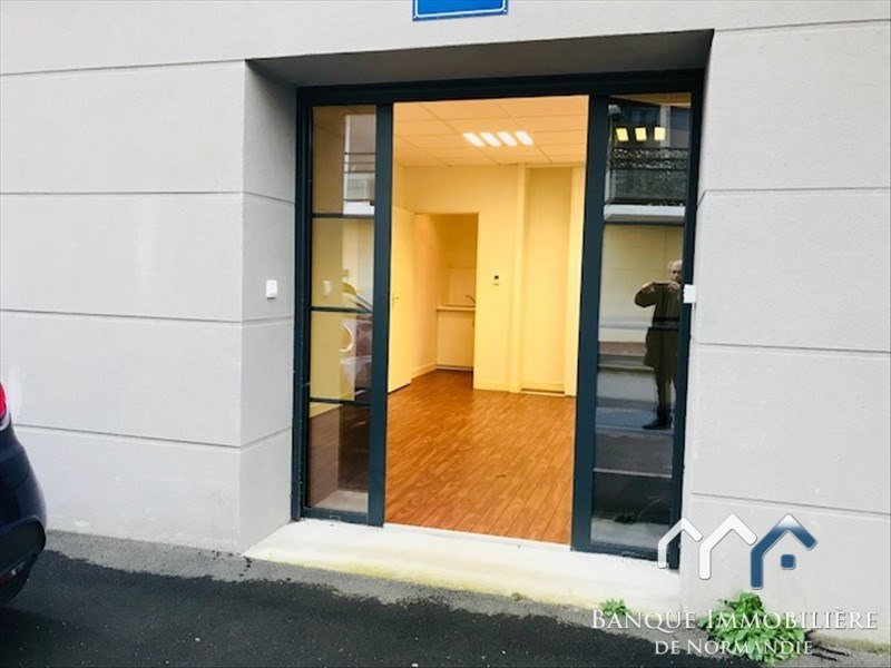 Sale office Caen 175 000€ - Picture 1